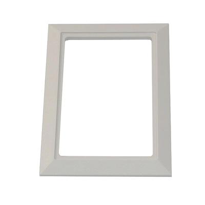 encadrement-blanc-pour-prise-murale-porte-ronde-rectangulaire-400-x-400-px